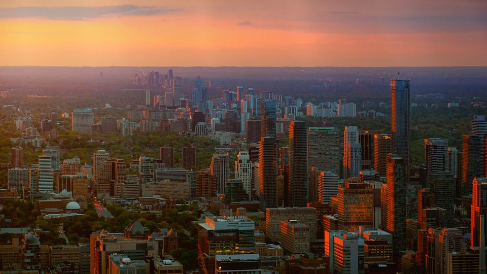 GTA skyline - get the right help for your Vaughan relocation.